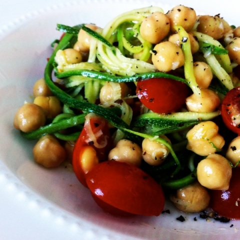 zucchini noodles with garlic lemon chickpeas